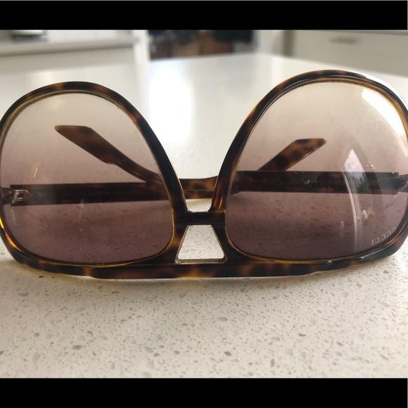 Gucci Other - Men's Gucci sunglasses